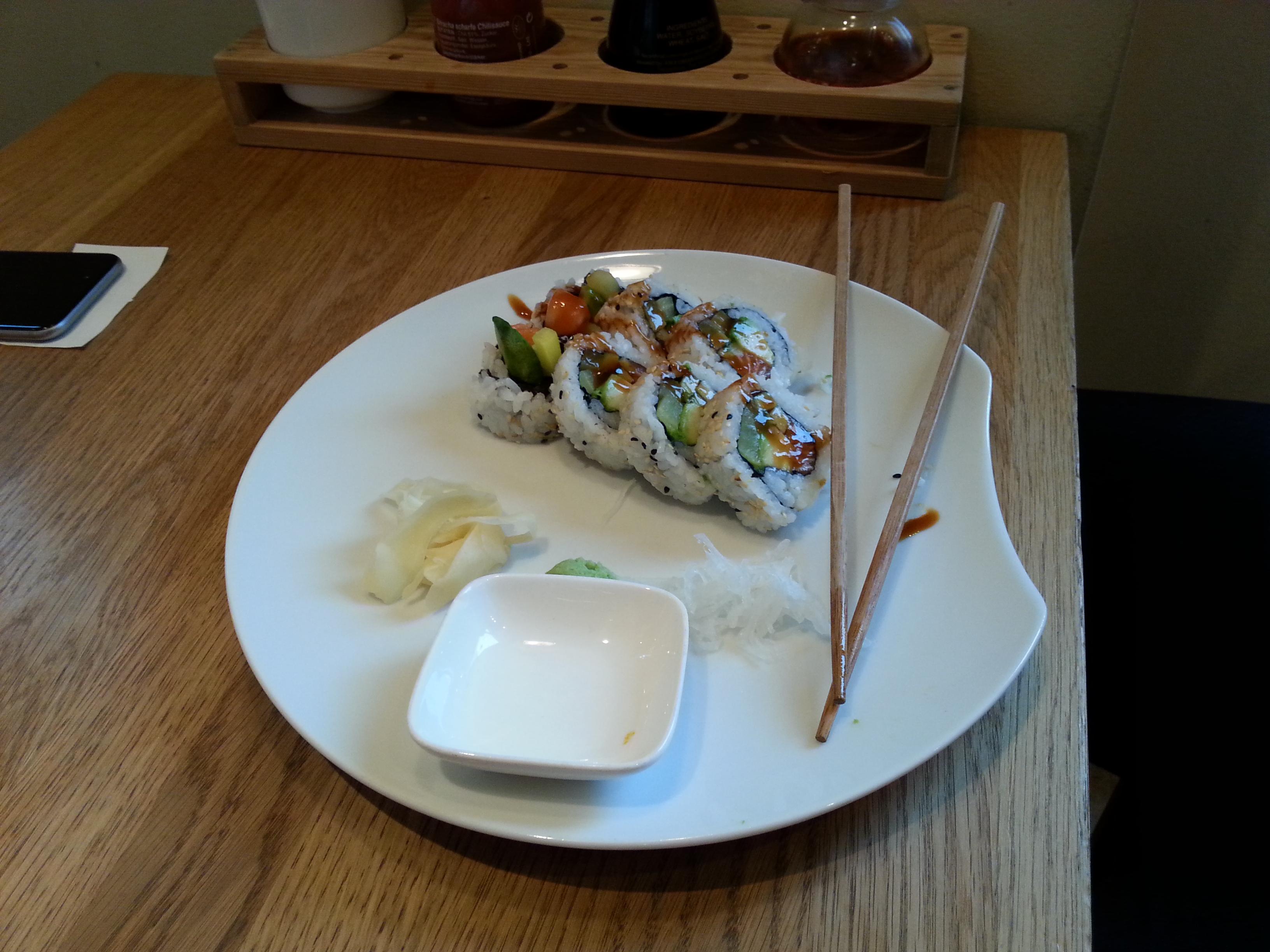 2015-08-18 12.31.11-sushi