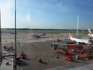 2015-10-03 16.14.09-Hamburg Airport-13