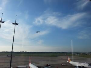 2015-10-03 16.32.10-Hamburg Airport-10